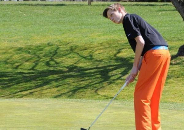 JC golf wins playoff match